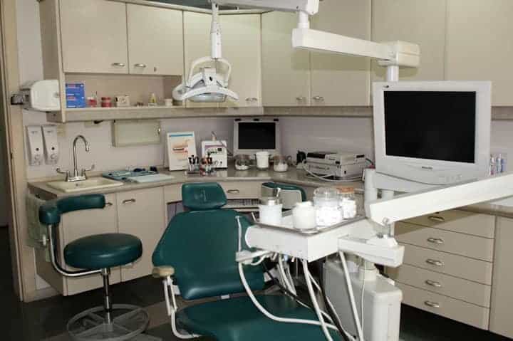 clinic-equipment-ecuador-dental-care