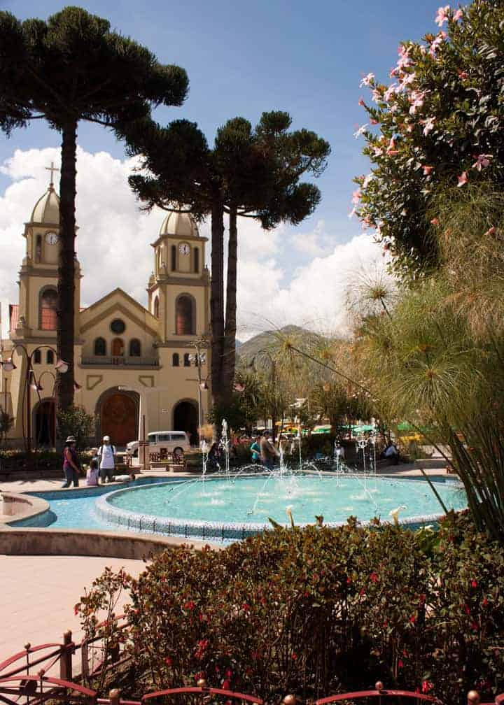 park-with-fountain-gualaceo-ecuador