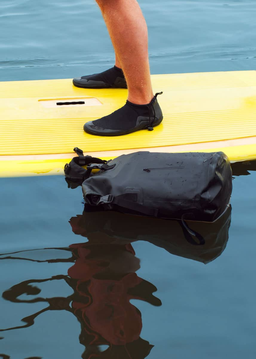 best dry bag for stand up paddleboarding